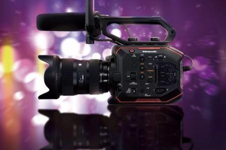 【终于等到你~】松下4K轻量型电影级摄像机亮相