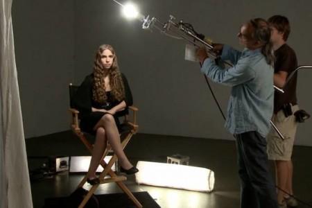 即使是普通的一盏灯,也能照亮一部作品