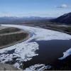延时摄影揭密 阿拉斯加河流冰封解冻全过程