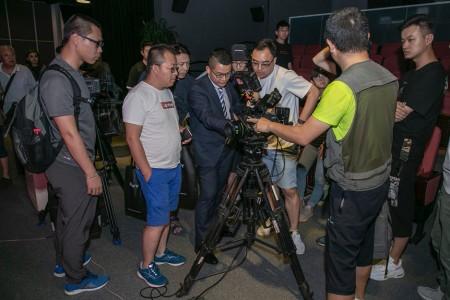 """""""帧质卓现""""索尼CineAltaV电影摄影机最新进展技术分享会 暨百台采购订单签约仪式在北京举办"""