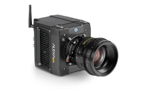 自己买台摄影机能让你赢得摄影师的工作机会吗?
