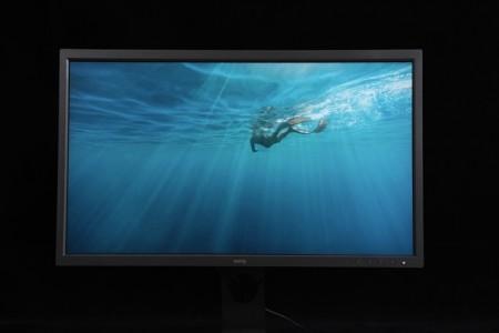 硬件校色、印刷模拟、ΔE≦2…强悍的明基显示器SW321C实测来了