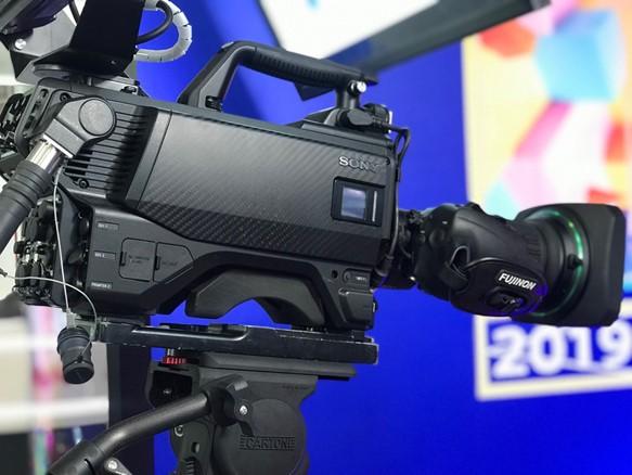 索尼参展2019 四川电视节,FX9摄影机首台正式交付四川广播电视台