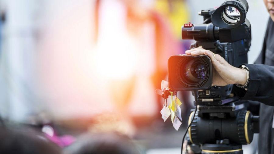 为何摄影师不该自己完成混剪视频?