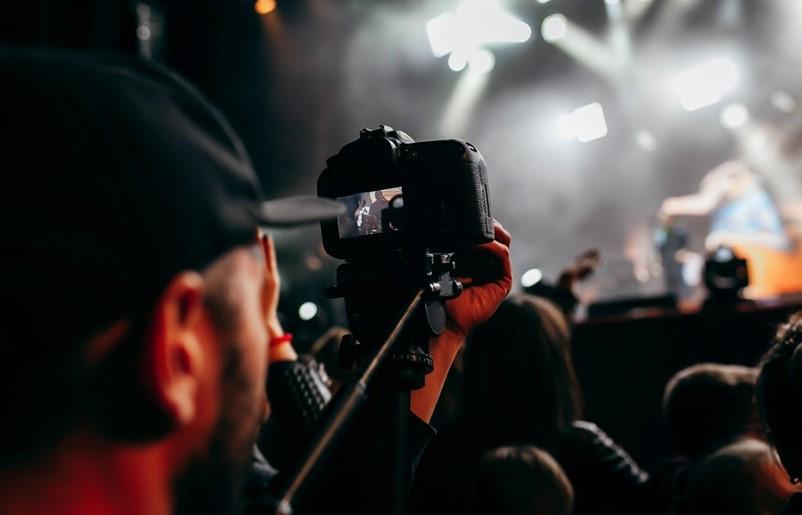 拍摄乐队纪录片,有什么技巧建议